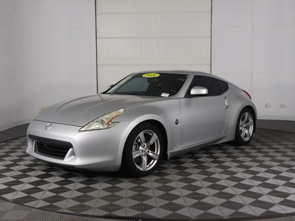 Pre-Owned 2010 Nissan 370Z 2dr Coupe Manual Touring